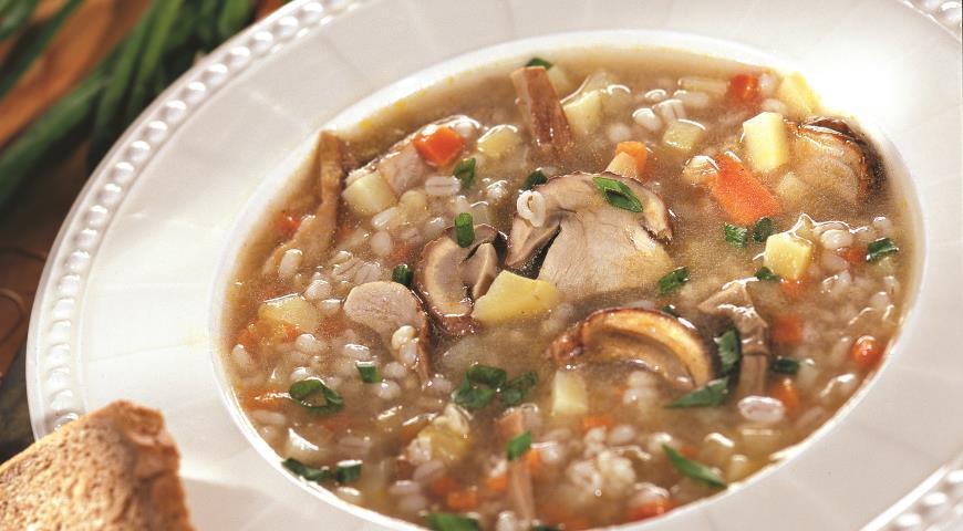 Как приготовить суп с шампиньонами и перловкой