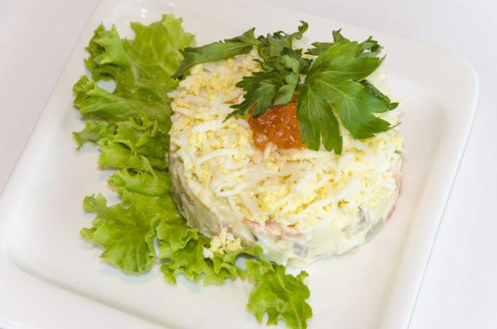 Царский салат с овощами