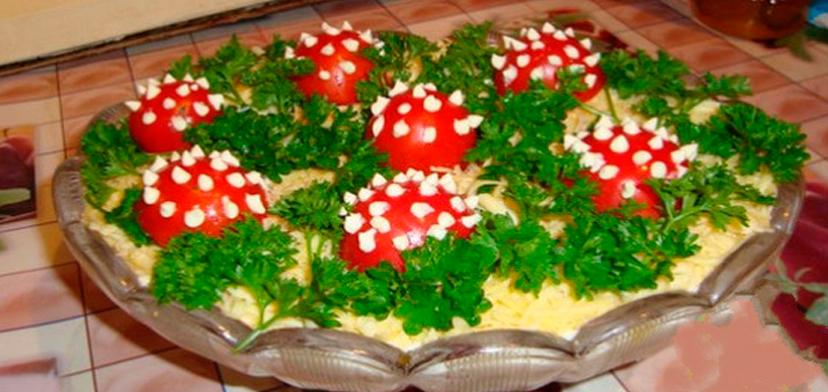 Полянка с помидорами и шампиньонами