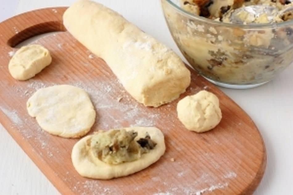 Как готовить пирожки с шампиньонами