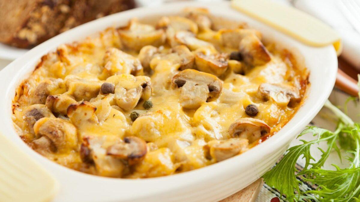 Как приготовить запеканку из шампиньонов и картофеля в духовке