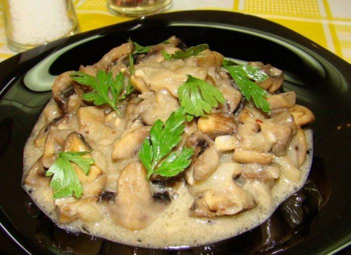 Как готовить жульен из сыроежек