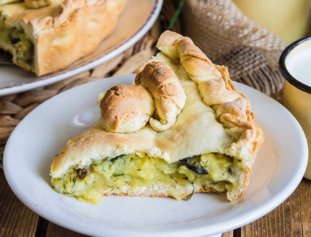 Пирог с шампиньонами и картошкой: фото